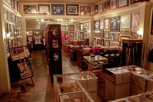 Interior of Lipary Collectibles